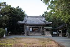 永尾神社の境内