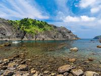 抜群の透明度!伊豆の2大秘境ビーチ「ヒリゾ浜&谷川浜」を紹介