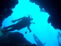真栄田岬「青の洞窟」