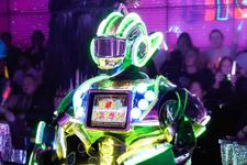 「ロボットレストラン」