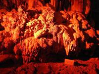 なかなかお目にかかれない!「昇竜洞」の鍾乳石