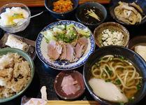 沖縄に来たら絶対食べたい!外せないお店&グルメ厳選10選