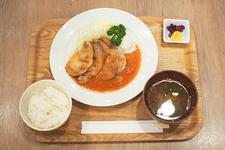 豚の生姜焼き定食 980円(税込)