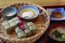 柿の葉寿司、三輪素麺を使ったにゅうめんのセット吉野御膳 1350円