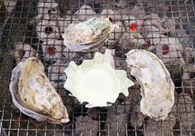 福岡・糸島『岐志漁港』の牡蠣小屋を美味しくお得に食べる方法、教えちゃいます!