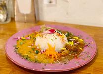 下北沢で食べたい有名カレー店(王道から話題のニューオープンまで厳選)