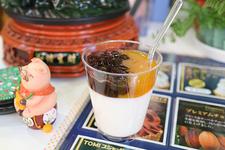 手作り杏仁豆腐 マンゴーソース 380円