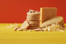 チーズクッキー ゴーダ&チェダー 12枚入り 864円(税込)