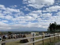 こちらの方面に大きく富士山が望めます