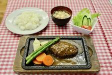 ハンバーグステーキ 920円(税込)