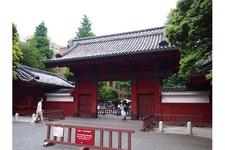 東大の「赤門」。正式名称は「旧加賀藩屋敷御守殿門」。