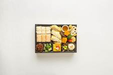 「日本橋だし場 OBENTO」の『かつおづくし弁当』1,200円(税込)