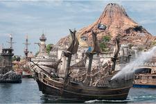 ディズニーシーでは海賊が大暴れ!