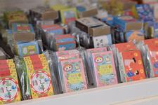 マッチ箱の中にマスキングテープと仙台のあるある知識のミニブックが入った「マッチ箱マガジン」シリーズ