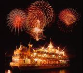 今年は特別なロケーションから花火を観よう。全国の珍しい花火の楽しみ方5