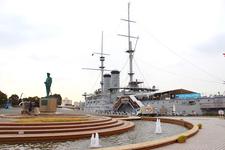 三笠公園に置かれた記念艦・三笠