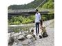 夏には、かもしか荘の裏手を流れる野洲川で川遊びも!