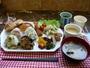 朝食無料!!AM7時-9時半ロビーにてお召し上がりください♪