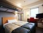 【スーパールーム】横幅140cmのダブルベッド+横幅100cmのロフトベッド♪