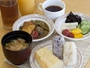 おふくろの味無料おにぎり朝食