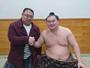 当館の十二代目当主は元力士『剣武』※写真左。そして横綱『白鵬』関とは同期なんです