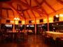 ◆◇高い天井の広々とした、ガラス張りのダイニングルーム◇◆