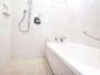 お風呂は洗い場付き♪お子様連れにもご好評です! ※コンフォートシングルはシャワーブースのみ。