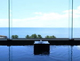 お湯に浸ればまるで海に浮かんでいるような錯覚さえ感じる大浴場