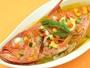 オーナー自慢の金目鯛の香草焼きスープ仕立て。
