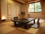 和室一例。どのお部屋も広々とした落ち着いた雰囲気です。