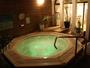 *男性浴場のみ。天然エネルギー石使用の露天ジャグジーを完備。