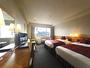 東側ラージツインルーム(35平米)お休みの時はふわふわのデュベに包まれながら、朝までぐっすり