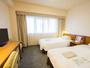 【お部屋の広さ】21.2平米- シモンズ社製ベッド使用 ごゆっくりお寛ぎ頂けるツインルーム (一例)