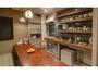 キッチン。食器・調理器具をそろえてます。