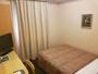 シングルルーム(13平米)セミダブルベッドを導入しておりますので、ごゆっくりお寛ぎ頂けます。