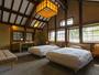 【KANOE 105】木の温もりとレトロモダンなデザインで落ち着く空間に。
