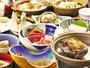 【松プラン】蝦夷アワビをまるごと使った焼物の他に、海の幸を贅沢に使っています。
