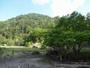 盛夏の頃の湯元温泉の源泉地です
