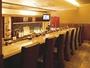 【旬菜屋とんとんびょうし】カウンター席-お座敷まで  カラオケルームも完備