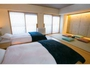 スタンダードファミリールーム。畳スペースにはお布団を敷くことも可能です!