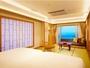 【本館・リニューアル客室】シャワーブース付き和洋室(海側・一例)1