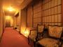 お部屋は全室バス・トイレ付き、インターネット使用可能となっております。