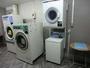 コインランドリー洗濯¥200 乾燥¥100