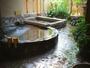 広さが人気の貸切露天風呂。カップルはもちろんご家族にも人気です。