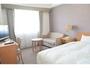 シングル、ダブルCタイプ18.85平米のお部屋140cm幅ベッド【ホテル北側(追手筋通り側)】利用人数1人-2人