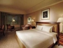 32-38平米のダブルはベッド幅180cm。