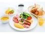 【La Colline】人気の朝食ブッフェ。オーダー制の卵料理、100%フレッシュオレンジジュースが人気。