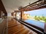 リニューアルされた温泉大浴場「海の回廊」。海を眺めながら温泉を楽しんで♪