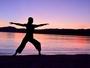 【ヨガ】太陽のエネルギーを感じ、心と身体を目覚めさせるヨガプログラム。