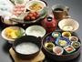 【こだわりの朝食:朝がゆ膳】炊き立ての『あきたこまち』を使用!9種類小鉢で様々な味が楽しめます♪